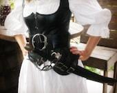 Leather Cutlass / Sword H...
