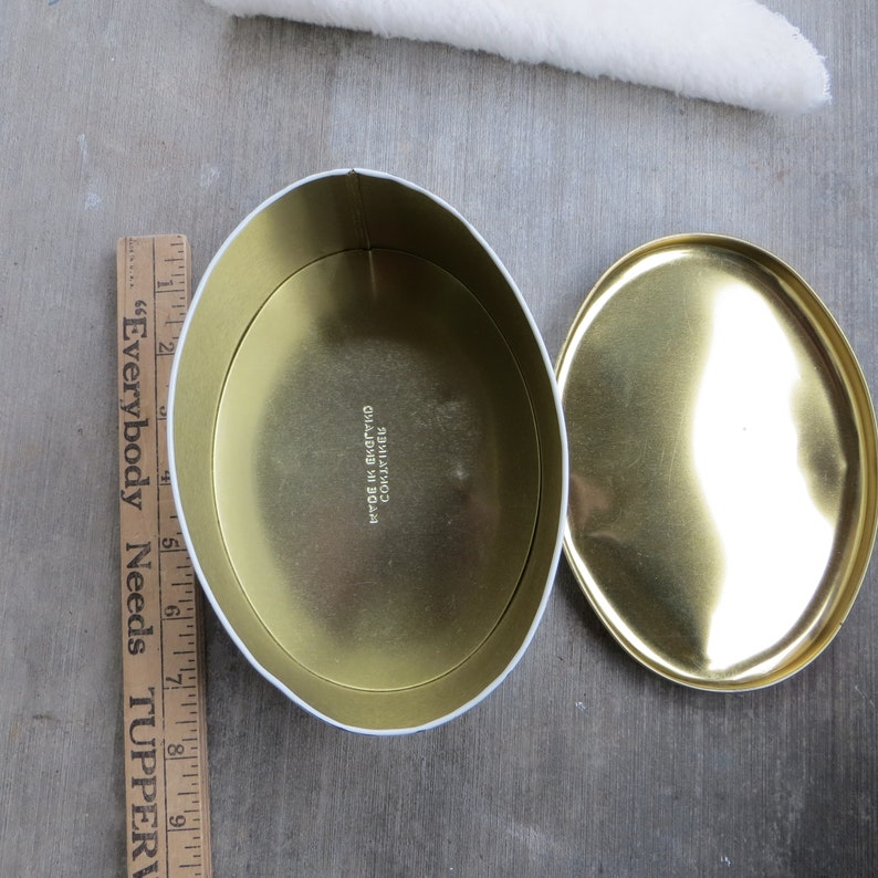 Vintage Tin Box Oval Shaped Large Tin Box with Lid Soft Colors with a Duck and Leaves Made in England Candy or Cookie Tin Moos Page