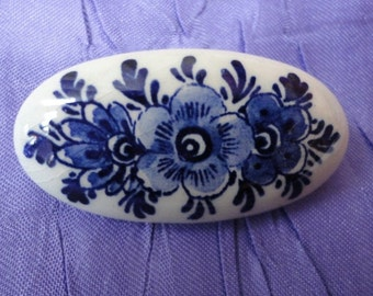 Vintage Holland Delft Brooch