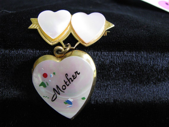 """A  Heart-Locket-Brooch, for """"Mother""""  Hand Painte… - image 1"""