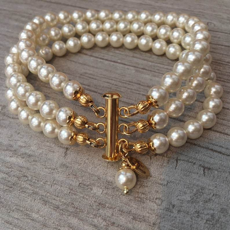 Pearl Bracelet in Ivory and Gold custom made in your size and image 0