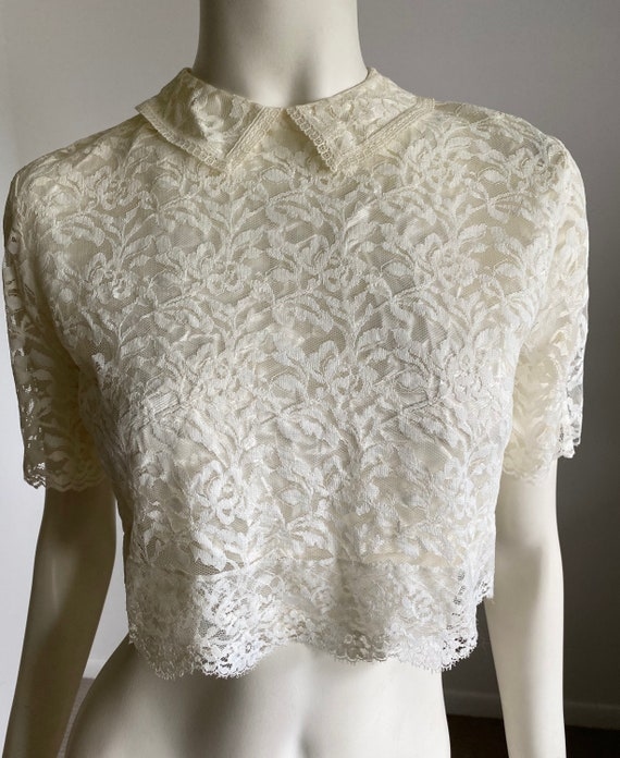 Vintage 70's/80's Does the 40's Ivory Lace Prim an