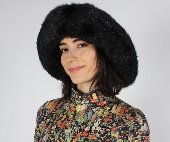 Faux Fur Bucket Flip Hat