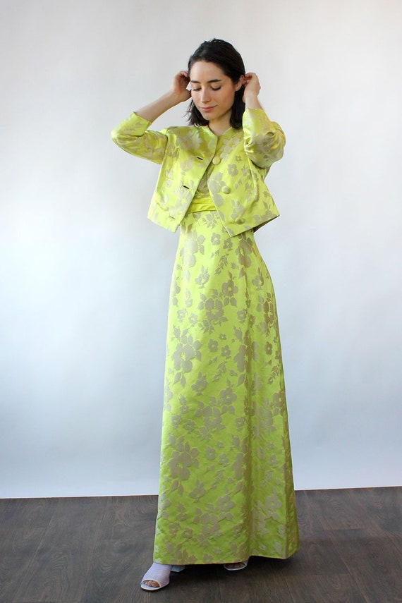 Chartreuse Silk Brocade Ensemble S-S/M • 60s Two … - image 3