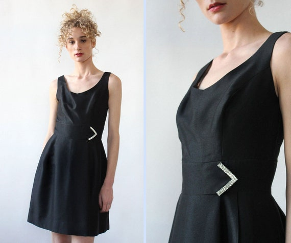 Sparkly Arrow LBD M • 60s Black Dress • Vintage Mi
