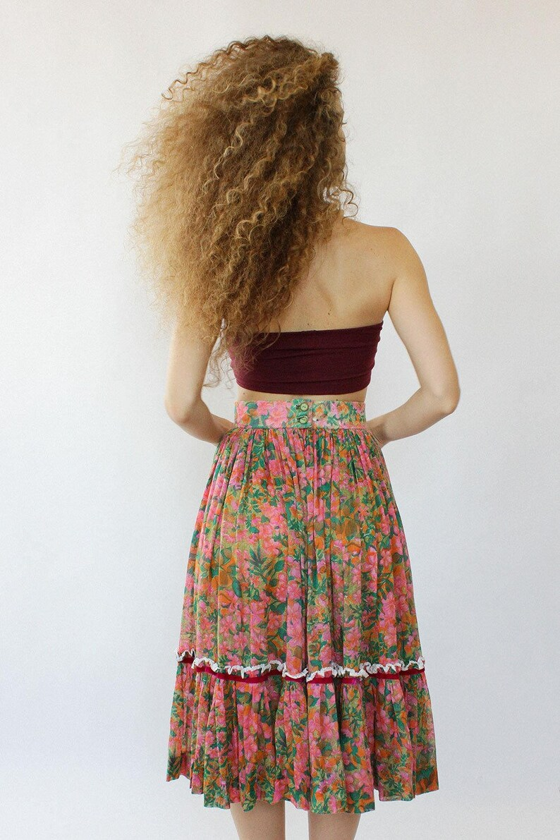 Vintage Circle Skirt S Floral Circle Skirt 70s Skirt  8bd954852
