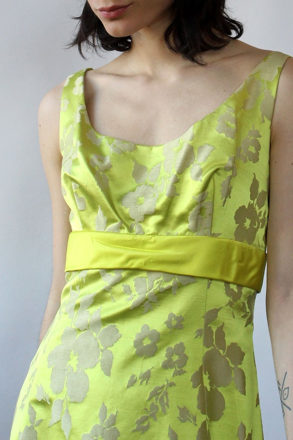 Chartreuse Silk Brocade Ensemble S-S/M • 60s Two … - image 4