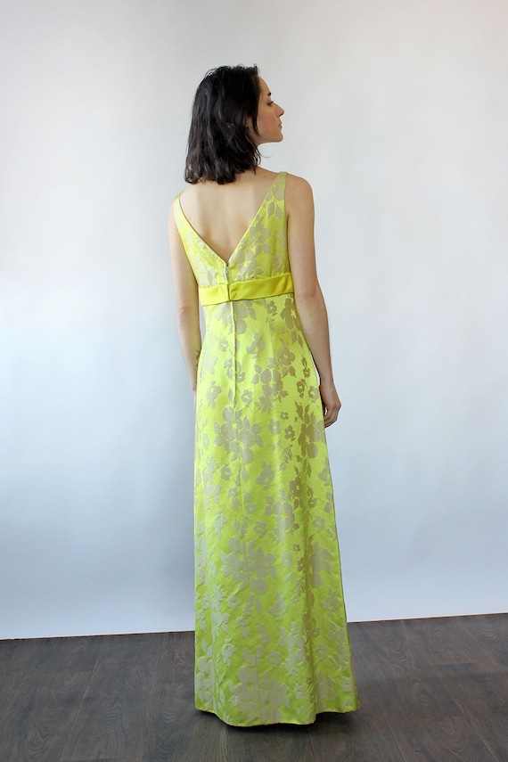 Chartreuse Silk Brocade Ensemble S-S/M • 60s Two … - image 5
