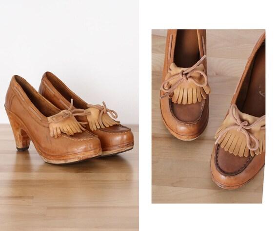 Kiltie Platform Heels 6 • 70s Platform Shoes • Vin