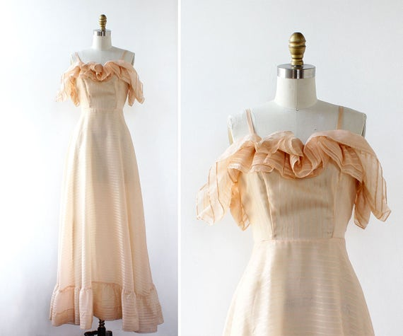 d9d3d2fa3e Peach Maxi Dress XS 70s Maxi Dress Vintage Maxi Dress