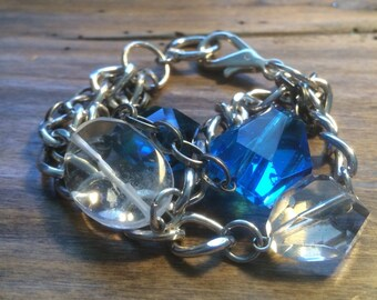 Mixed blue crystals and mixed metal chains bracelet