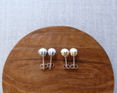 Luster Crown Round Stud Earrings Since2012