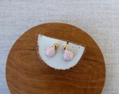 Gold Pearl & Shell Stud E...
