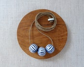 Lines Onion Ball Necklace...