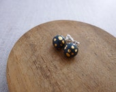 Speckle Gold Bauble Stud ...