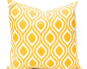 Yellow Pillow Cover - Throw Pillow Cover - Yellow Bedding - Entryway Decor - Sofa Pillow - Yellow and White - Decorative Cushion Cover