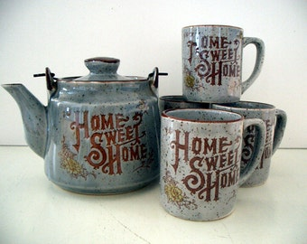 VINTAGE 1950's Home Sweet Home Tea Pot and Mug Set