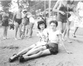 Vintage Photo - Pretty Young Women - 1940s Original Photo - Long Legs - Short Shorts - Girlfriends - Two Friends - Black & White - Snapshot
