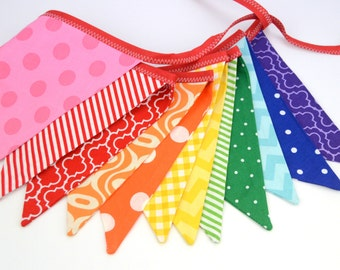 Eco-Friendly Reusable Fabric Bunting, Banner, Pennant, Flag, Garland, Photo Prop, Decoration in Colorful Rainbow Party, Boy, Girl, Unisex