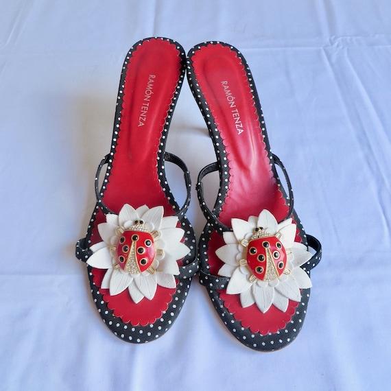Vintage Size 7.5 Lady Bug Slip On Sandals Kitten H