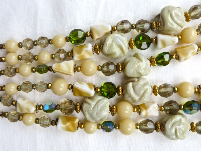 Vintage 1950/'sGreen Glass Beaded NecklaceArt Glass Beaded Multi Strand NecklaceRegency Jewels