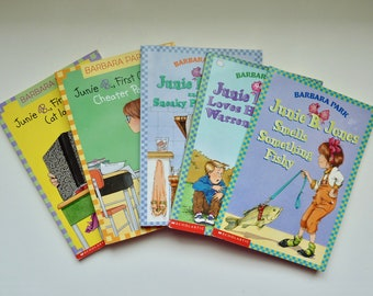 Lot of 5 Junie B. Jones, by Barbara Park,  Softcover Children's Books - First Grader, Chapter Books, Vintage Books in Great Condition