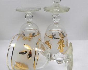 Vintage  Gold Leaf   Drinking Glasses
