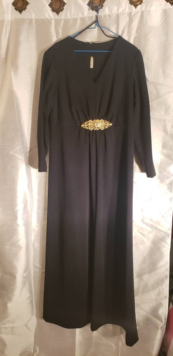 black dress, long black dress, formal black dress,
