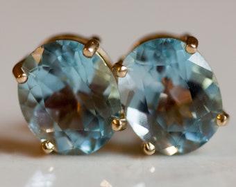 Estate 14k Solid Yellow Gold 7.00 Carat Total Gem Weight Blue Topaz Stud Pierced Earrings, Posts