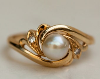 Estate Pearl and Diamond Accent Ring Set in 14K Solid Yellow Gold, Size 6.5 / Pearl Ring / Pearl Engagement Ring /