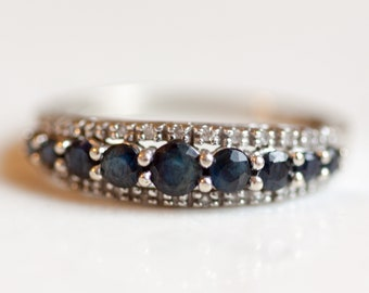 Estate 14k Solid White Gold Graduated Sapphire and Diamond Ring, Size 7 // Stacking Band // Wedding Band // Anniversary Band //