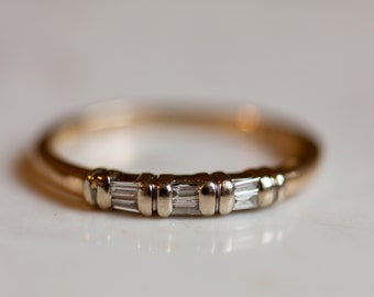Vintage 14k Solid Yellow Gold Diamond Baguette Accented Wedding Band Anniversary Band Stacking Band Thin Ring, Size 6