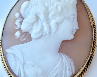 Large Natural Shell Cameo Brooch, Gold Filled Setting, Lady, Female, Carved, Vintage