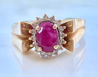 Vintage Ruby Diamond Engagement Ring in 14k Gold, Size 7, Cluster, Halo, Yellow Gold, Princess Di Style, Gift for Her, Birthday, Anniversary
