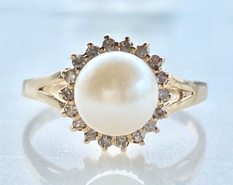 Pearl Engagement Ring, with Diamond Halo in 14k Gold , 7 mm Pearl, Size 6