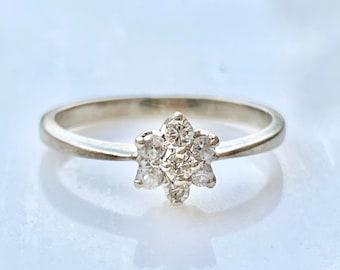 Diamond Engagement Ring in 14k Gold Petite Flower Promise Ring Size 5