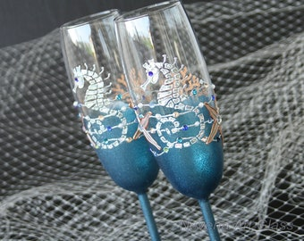 BEACH champagne flutes , Beach Wedding Glasses, Champagne Glasses, Seahorse Glasses, Hand Painted, Set of 2