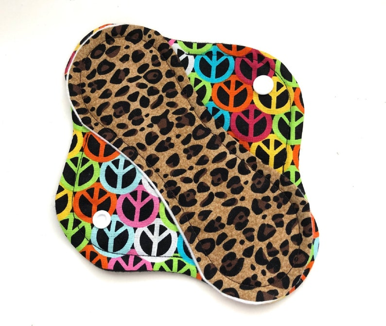 Cloth Panty Liner 8 Reusable Cloth Panty Liner Leopard image 0