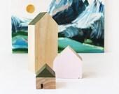 Set of 3 Wooden Houses, N...