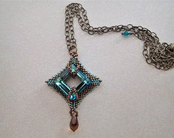 Peyote Diamond with Teal Swarovski Crystal Necklace