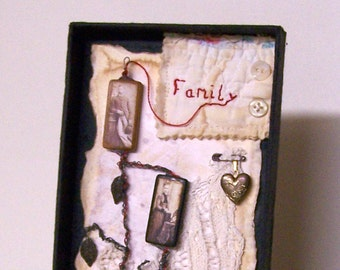 FAMILY TREE COLLAGE, Wire Art, The Red Thread, Vintage, Ancestors