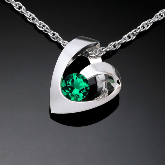 emerald heart necklace, May birthstone, Valentine necklace, Chatham emerald pendant - 3501