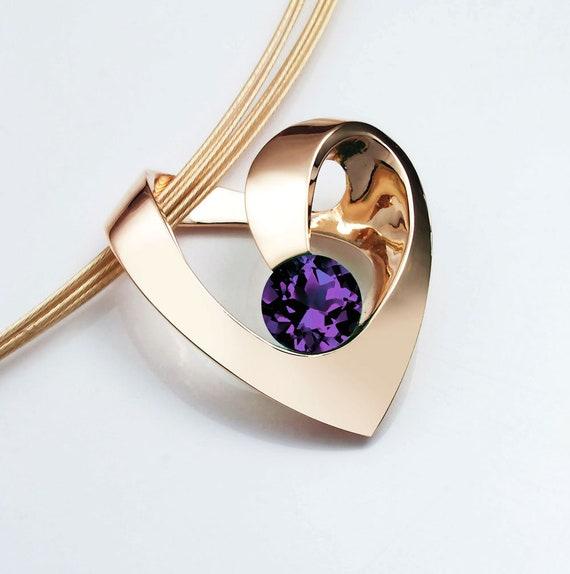 gold heart necklace, 14k yellow gold, Chatham alexandrite, gold heart pendant, fine jewelry, June birthstone, modern jewelry - 3401