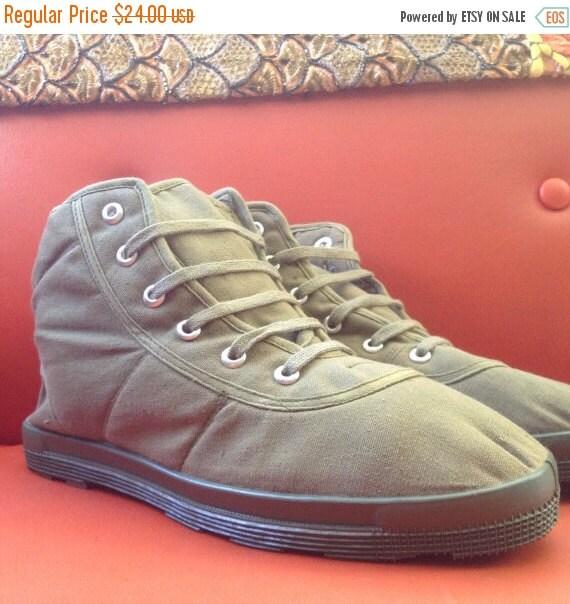Vintage Deadstock Vegan Canvas Boots Shoes Size 5