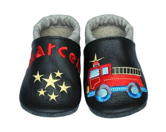 Personalized Leather Baby Booties, Embroidered Baby Shoes, Custom Kids Shoes, Lederpuschen mit Namen, Krabbelschuhe mit Namen, Fire Truck