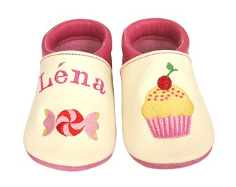 Personalized Leather Baby Booties, Embroidered Baby Shoes, Custom Kids Shoes, Lederpuschen mit Namen, Krabbelschuhe mit Namen, Muffin Candy