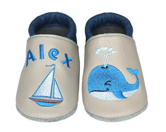 Personalized Leather Baby Booties, Embroidered Baby Shoes, Custom Kids Shoes, Lederpuschen mit Namen, Krabbelschuhe mit Namen, Whale Ship