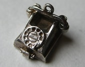 Vintage Charm Sterling Silver Mechanical Sweetheart Telephone Phone Bracelet Charm Opens