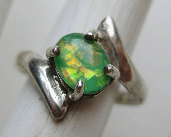 Vintage Ring Taxco Green Jeweled Mexican Opal Ster