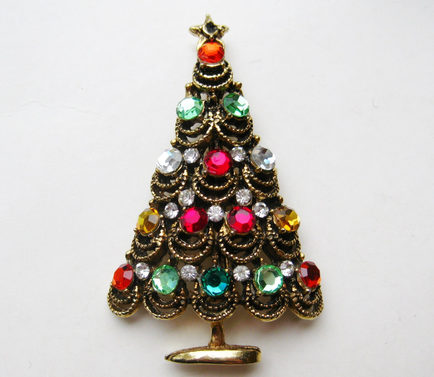 939ffb824 Vintage 50s Hollycraft Jeweled Rhinestone Gold Christmas Tree Pin ...